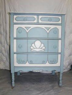 Chalk Paint Vanity & Dresser TUTORIAL #shabbychicfurniturebeforeandafter