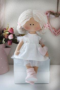 Peg Doll, Doll Toys, Pretty Dolls, Beautiful Dolls, Doll Clothes Patterns, Doll Patterns, Soft Dolls, Stuffed Toys Patterns, Fabric Dolls