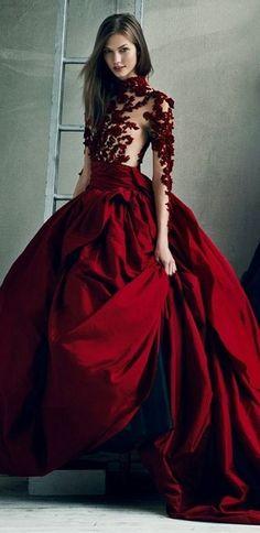Marchesa red gown dress fantasy fashion - Cute things in my board