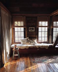 sfgirlbybay / bohemian modern style from a san francisco girl Rustic Wooden Bed, Rustic Cottage, Rustic Modern Cabin, Modern Cabin Interior, Rustic Cabins, Log Cabins, Cabin In The Woods, Cozy Cabin, Cabin Beds