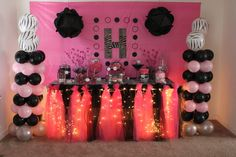 love this if i did a zebra and hot pink party again ;-)