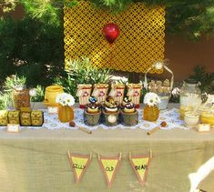 Love this Winnie the Pooh Party because it's not too cutesy!