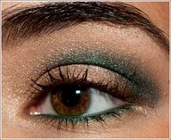 Make-Up-Looks-For-Brown-Eyes with green