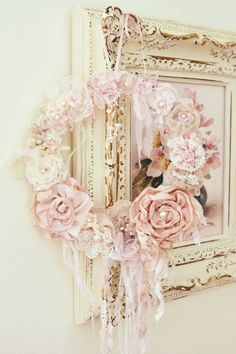 The frame... That is what I want to do with the old frame I got for Arie and Evy's room