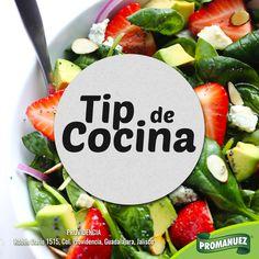 ❎ No uses recipientes de metal para mezclar ensaladas.🍅 Usa de cristal, vidrio, madera, plástico o porcelana. Esto evitará que las legumbres o verduras se oxiden ;)
