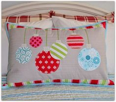 Sewing Pillows The Sewing Chick: Christmas Ornament Pillow Tutorial Christmas Sewing Projects, Christmas Crafts, Christmas Ornaments, Christmas Pillow, Christmas Fun, Christmas Cushions To Make, Christmas Applique, Toddler Christmas, Holiday Quilt Patterns