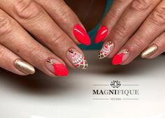 "Magnifque Studio (@magnifique_studio_indigo_nails) auf Instagram: ""#indigo #indigonails #indigolovers #loveindigo #artebrillante #olala #shineon #blingbling…"" Neon red summer nails gold nail art"