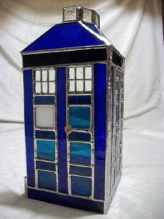 melindaslittleblog:    T.A.R.D.I.S. -Stained Glass Votive Holder Wow. This artist on Etsy created a stained glass TARDIS to hold candles af...