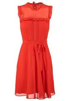 Dorothy Perkins Vestido Informal Orange Vestidos Para Según Qué Ocasión Los vestidos de mujer más chic te están esperando para que resaltes el dorado bronceado de tu piel o para que acudas a una cita con la luz de la luna de fondo.