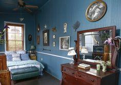 The Beautifully Strange World of Miranda Lake — House Tour | Apartment Therapy