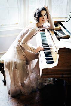 Blush Inspiration, Keira Knightley, photo by ellen von unwerth