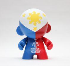 "#FilipinoPride - Philippine flag on a 4"" #Kidrobot #Munny.  By Zard Apuya Instagram: @zard_a"