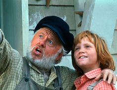 A DRAGON! A dragon! I swear I saw a dragon. - Pete's Dragon - Freaking Love Mickey Rooney too.