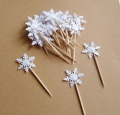 Hey, I found this really awesome Etsy listing at https://www.etsy.com/listing/191577409/20-snowflake-party-picks-snowflake