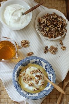 MAPLE SYRUP INSTEAD OF HONEY When the days are summering, I want simple food. I'm too lazy to cook much, craving effortless nourishing meals. My latest breakfast habit has those qualities, plus is so delicious I can't wait to get downstairs and eat breakfast, which … Continue reading → Greek Yogurt Breakfast, Breakfast Crepes, Healthy Breakfast Muffins, Breakfast On The Go, Breakfast Bowls, Best Breakfast, Breakfast Club, Breakfast Casserole With Biscuits, Pancakes For Dinner