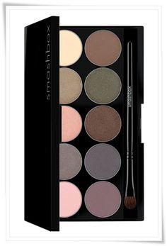 Smashbox In Bloom palette (Spring 2011): Ballet Pink, Lavender Grey, Golden Pink, Warm Taupe, Bone, Soft Violet, Marine Blue, Shimmering Copper, Moss, Nude
