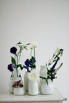 weiße vasen
