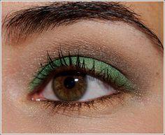 Warm green and brown look:   NARS Smudgeproof Eyeshadow Primer (primer), MAC Fresh Flare Eyeshadow (green), MAC Keep Your Cool Eyeshadow (grayish brown), MAC Lie Low Eyeshadow (medium-dark brown), Burberry Trench Eyeshadow (highlighter), Urban Decay Lucky 24/7 Eyeliner (copper),Hourglass Film Noir Mascara