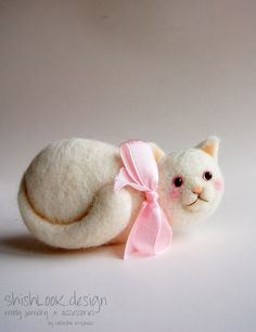 Little Miss Kitten Felted Cat Brooch Cute by ShishLOOKdesign, $31.00