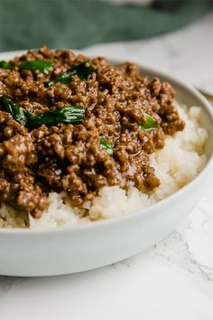 AIP paleo gluten free Mongolian ground beef is a flavorful and cost-effective alternative to the classic. It's a healthier soy-free alternative that's paleo, and AIP friendly. Paleo Ground Beef, Ground Beef Recipes, Ground Beef Dishes, Ground Venison, Ground Beef Tacos, Ground Turkey, Paleo Recipes, Asian Recipes, Ethnic Recipes