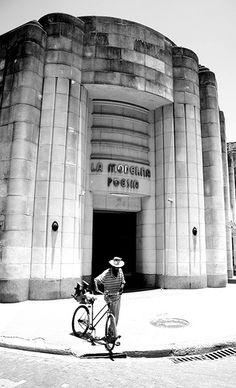 Art Deco - Havana - Libreria La Moderna poesia.