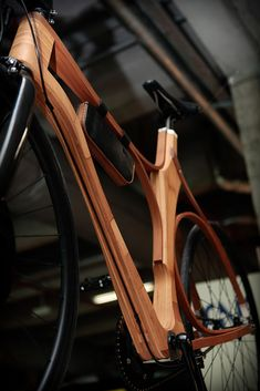 Learning to ride a bike is no big deal. Learning the best ways to keep your bike from breaking down can be just as simple. Wooden Bicycle, Wood Bike, Fixed Gear Bike, Fat Bike, Bicycle Maintenance, Bike Style, Bicycle Components, Cool Bicycles, Bicycle Design