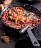 Pečené fazole na pivě Czech Recipes, Ethnic Recipes, Bean Recipes, Paella, Chili, Beans, Soup, Chicken, Canada