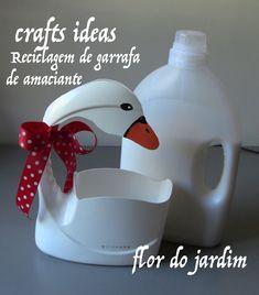 Plastic Bottle Planter, Plastic Bottle Crafts, Plastic Bottles, Tin Can Crafts, Paper Crafts, Recycled Bottles, Mothers Day Crafts, Garden Crafts, Recycled Crafts
