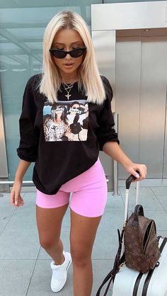 100 Best Outfit İdeas ideas Cycling Shorts Outfit I Cycling Shorts Outfit cycling Ideas outfit outfitideas Shorts Summer Shorts Outfits, Cute Comfy Outfits, Chill Outfits, Sporty Outfits, Trendy Outfits, Summer Club Outfits, Shorts Outfits Women, Sneakers Fashion Outfits, Athleisure Outfits