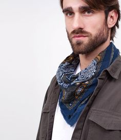 Men Scarf, Bandana Styles, Handkerchiefs, Good Looking Men, Male Beauty, Fashion Men, Scarfs, Anonymous, New Look