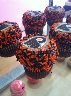 Flyers Hockey Cupcakes by koryaversa, via Flickr