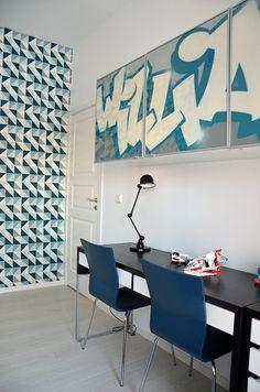 Boys bedroom : grafitti painted Ikea cabinets
