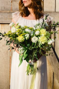 Yellow and green bridal bouquet ⎪ Susan Noëlle Fotografie ⎪ see more on: http://burnettsboards.com/2015/07/whimsical-dutch-barn-wedding/