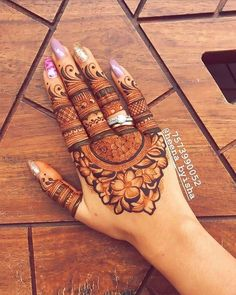 To all the brides who are tying the knot & the Sakhiyaans of the bride-to-be, this treasure trove of easy mehndi designs inspiration is for you & only you! Basic Mehndi Designs, Latest Bridal Mehndi Designs, Finger Henna Designs, Mehndi Designs For Girls, Mehndi Designs For Beginners, Dulhan Mehndi Designs, Mehndi Design Photos, Mehndi Designs For Fingers, Wedding Mehndi Designs