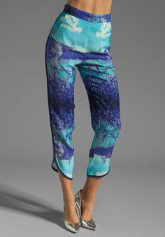FINDERS KEEPERS Final Cut Pants in Lake Tahoe Print - Pants | I'd do these though. On a regular day.