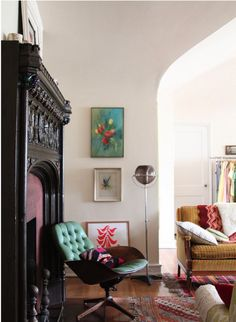 Colourful & Fun Living Area & *Superly* Fantastic Chair