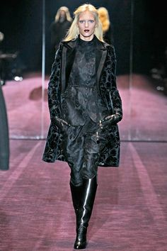 Gucci Fall 2012 RTW - Review - Fashion Week - Runway, Fashion Shows and Collections - Vogue