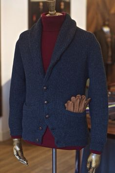 34b1296a0eb 326 nejlepších obrázků z nástěnky Tweed suits and other apparel v ...