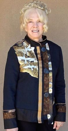 Susan's finished jacket - really a wonderful sweatshirt transformation.  Designed, fitted, constructed with Londa at a Creative Sewing Retreat.  Check out 'Learn with Londa' at www.londas-sewing.com or bring a retreat to YOUR area.