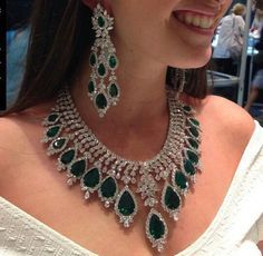Sunday find - a showstoping emerald necklace and earrings by via . Emerald Necklace, Emerald Jewelry, Diamond Pendant Necklace, Diamond Jewelry, Diamond Necklaces, Emerald Rings, Gemstone Necklace, Diamond Earrings, Gold Necklace