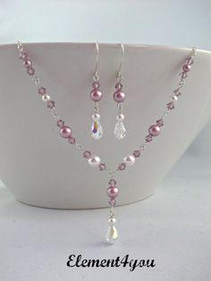 Pearl in row earrings gold filled earrings Dangle earrings Wedding jewelry Bridesmaid earrings Simple pearl drop earrings. Bead Jewellery, Wire Jewelry, Jewelry Crafts, Wedding Jewelry, Beaded Jewelry, Bohemian Jewelry, Gold Jewelry, Bohemian Gypsy, Jewelry Ideas
