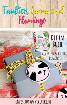 Werbung: Faultier, Lama und Flamingo: Über 20 DIY-Ideen zum Selbermachen - das Trendbuch von der Kreativ-Autorin Kathleen Lassak. Das Bastelbuch eignet sich für Kinder ab etwa 6 Jahren und enthält viele schöne Kreativideen. Zudem findest du im Buch kostenlose Vorlagen, die du auch kostenlos herunterladen kannst. #basteln #kinderbasteln #faultier #flamingo #lama #affiliate #tier# bastelbuch #buch #ebook #selbermachen #clarkidiy Snoopy, Character, Creative Ideas, Sloth Animal, Templates Free, Lettering