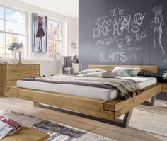 Simple Apartment Bedroom Decor Inspiration with Industrial Furniture - Page 17 of 31 Lit Plate-forme Diy, Diy Platform Bed, Apartment Bedroom Decor, Bed Linen Design, Bed Sets, Diy Bed, Cool Beds, Cool Diy Projects, Ideas