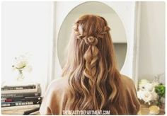 We've had requests for this Rodarte-inspired rosette braid all year. The full tutorial is finally here for fall! Will you try it this weekend?