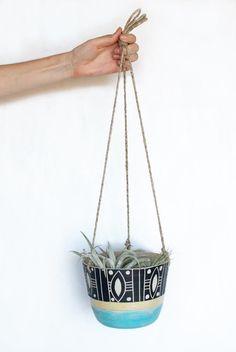 Tide Hanging Planter