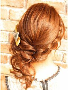 ブロット broto人気NO.1 ワンサイド★結婚式 早朝 着付 二次会 ヘアアレンジ Wedding Hairstyles, Cool Hairstyles, Hair Arrange, Twisted Updo, Wedding Makeup, Updos, Hair Inspiration, Braids, Hair Beauty