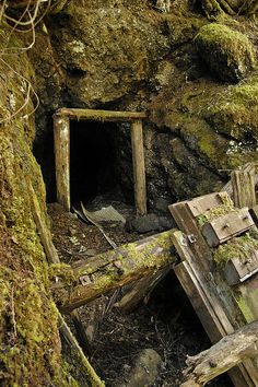 interesting photos from Abandoned Mines Of Oregon / Washington pool