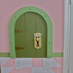 7755 Basnett Vacation Home - Magical Frontier Vacation Homes Disney themed decor Alice in Wonderland  room