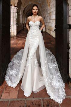 Wedding Dresses Amanda Design Cap Sleeve Lace Appliqued Low Back Bling Bling Luxury Wedding Dress 2019 Soft And Light