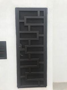 Balcony Grill Design, Grill Door Design, House Gate Design, Bungalow House Design, Home Room Design, Casa Patio, Security Door, Steel Doors, Entrance Doors